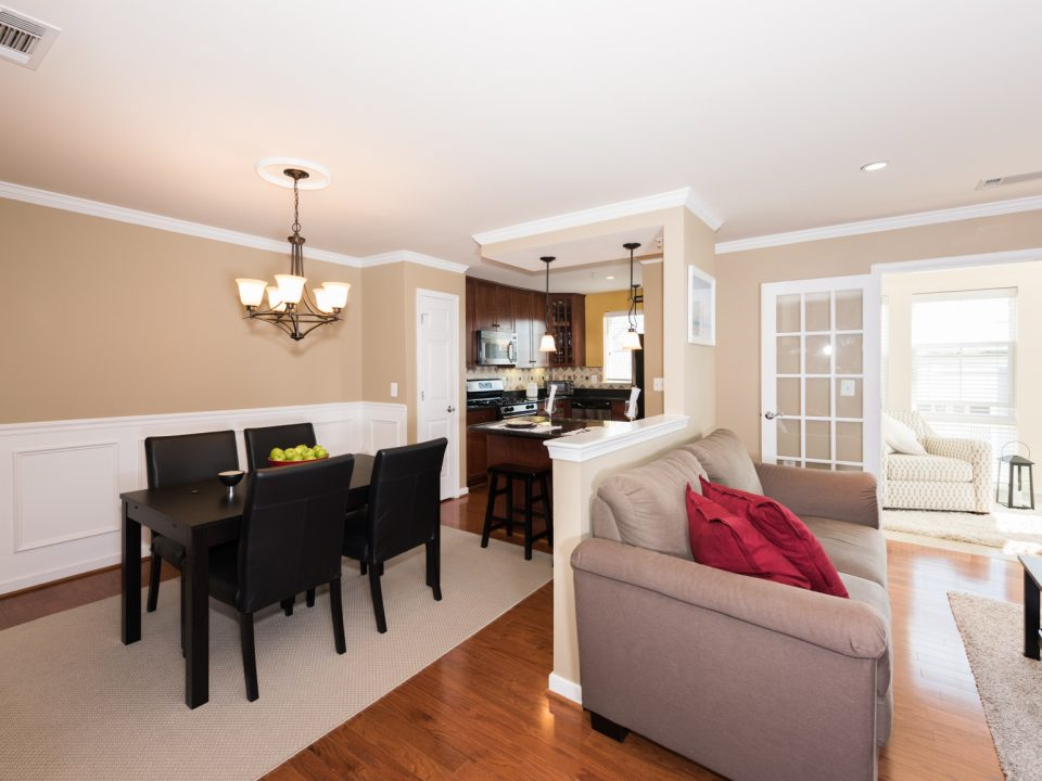 Home for Sale - 4071 S. Four Mile Run Dr. #403 in Arlington