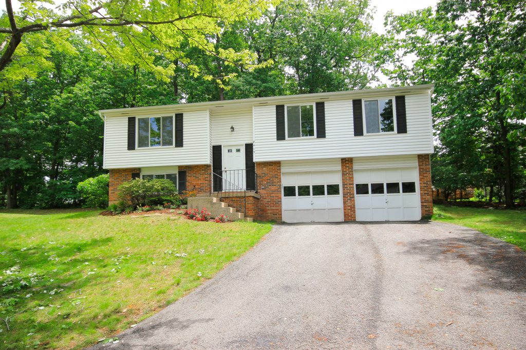 Split Foyer Home For Rent : Great split level home for rent agent knows homes